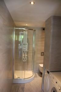 Renovatie verbouwen compacte badkamer - Rotterdam - Aannemer Joh Visser en Zoon